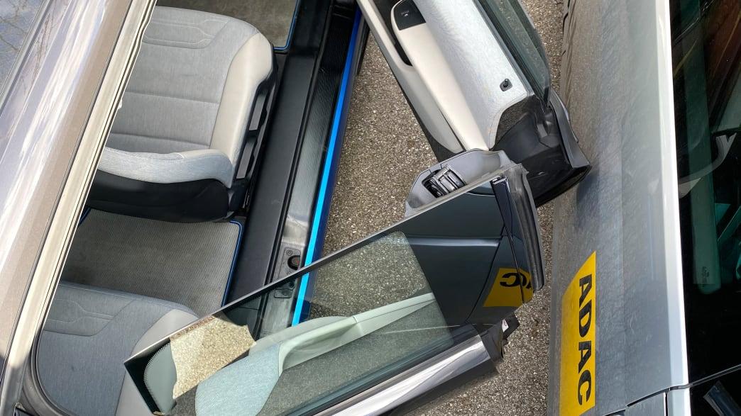 Geöffnete Türen des BMW i3