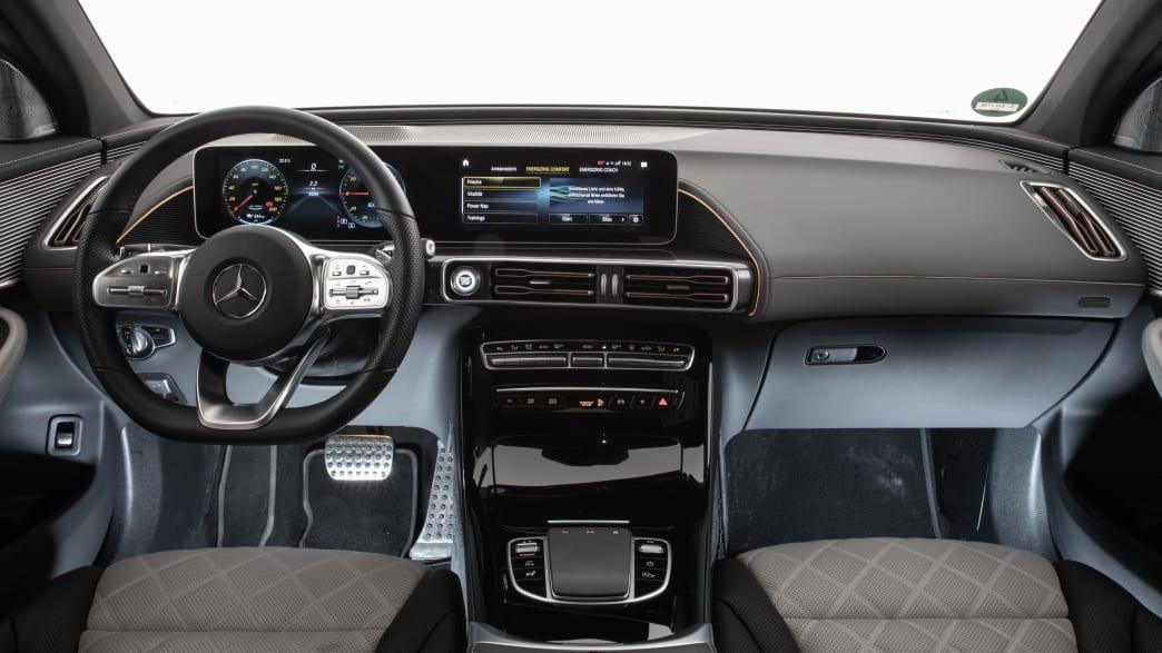 Mercedes EQC Cockpit