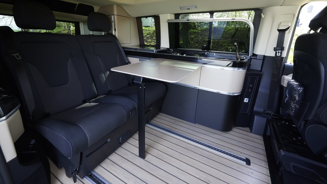 Blick in den Innenraum des Mercedes Marco Polo Campingbusses