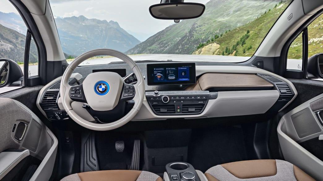 Cockpit eines BMW i3S