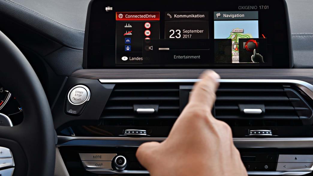 Display des BMW X3 Models von 2017