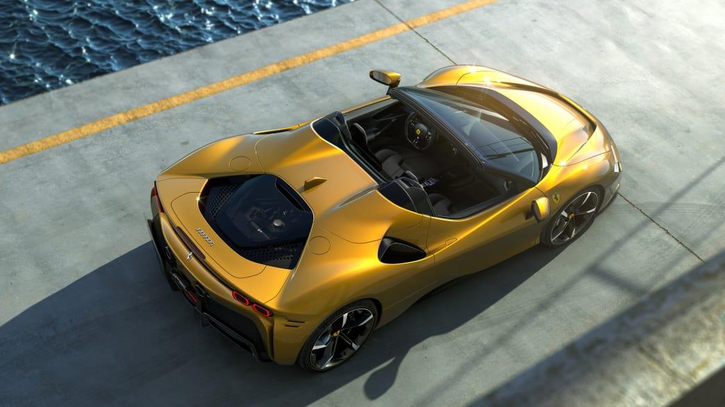 Draufsicht auf einen Ferrari SF90 Spider
