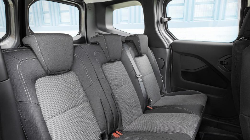 Die geräumige Rücksitzbank des Mercedes Citan