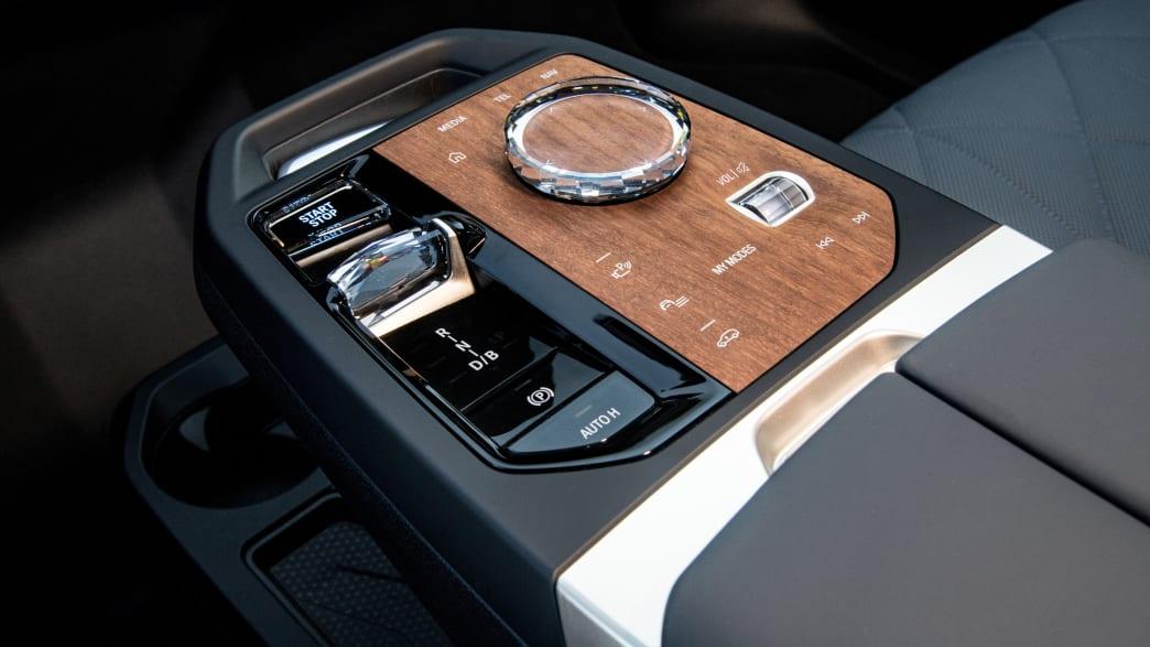 des ersten BMW iX