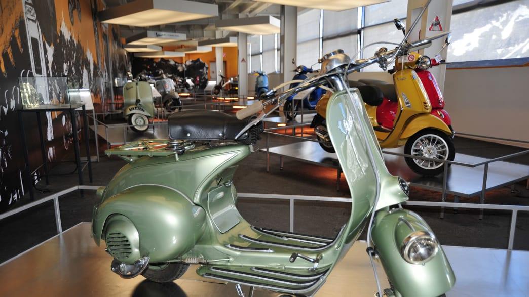 Ein altes Moped im Besucherzentrum Kaiser Franz Josefs Hoehe