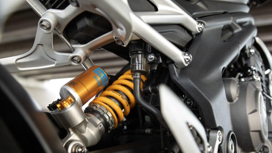 Federung des Motorrades Triumph Speed Triple 1200 RS.