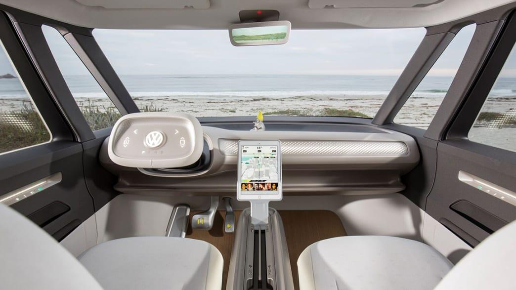 Das Cockpit eines VW ID Buzz