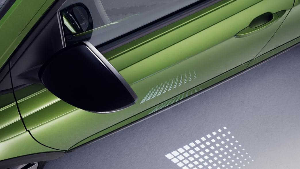 Die Tür des VW Taigo in grün von oben
