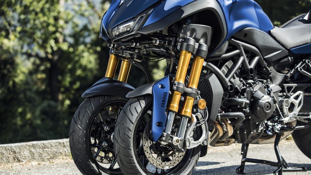 die beiden Vorderräder der Yamaha Niken