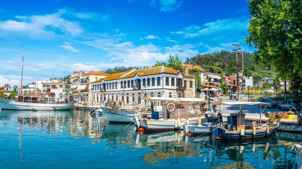 der alte Hafen von Limenas