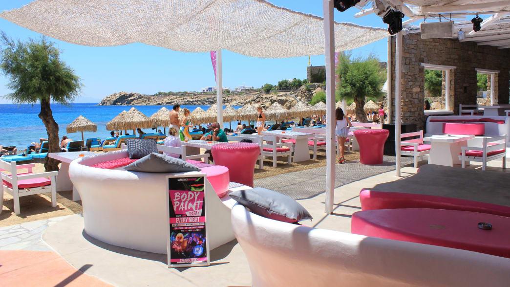 eine Beach Bar auf Mykonos