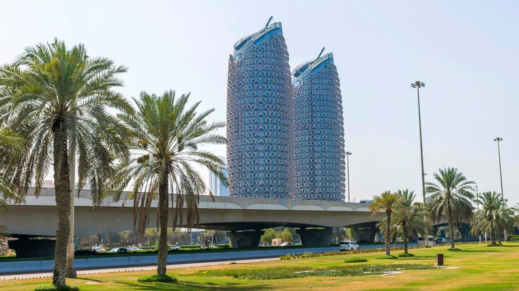 Die Al Bahar Türme in Abu Dhabi