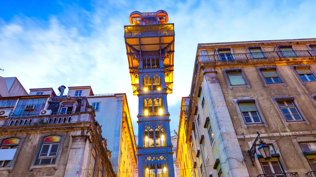 Santa Justa Aufzug in Lissabon