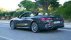 Heck- und Seitenansicht eines 8er BMW
