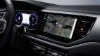 Digitaler Touchscreen im Armaturenbrett beim neuen VW Polo
