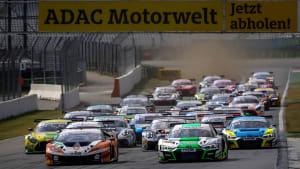 Rennszene bei den ADAC GT Masters
