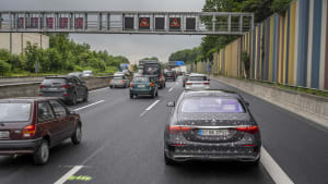 Automatisiertes Fahren mit der Mercedes S-Klasse
