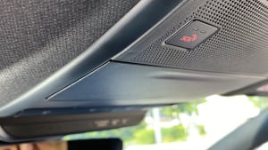 SOS-Knopf in einem Auto