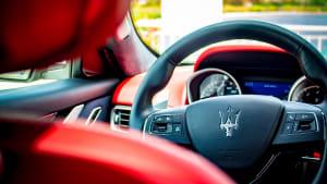 Cockpit eines Maserati