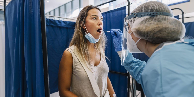 Corona PCR Test am Flughafen Kosten, Dauer, Infos   ADAC