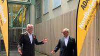 Ehrenvorsitzender Günther Bolich (links) und neuer Vorsitzender Hans Weber (rechts) des ADAC Nordbaden e.V.