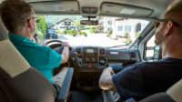 Blick in das Cockpit das Campers
