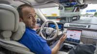 Automatisiertes Fahren auf der Autobahn mit der Mercedes S-Klasse