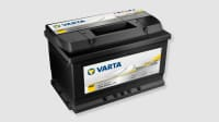 Eine schwarze Varta Autobatterie