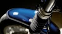 Blick auf die Gummi-Faltenbälge an den Gabelholmen der BMW R nineT /5