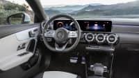 Cockpit eines Mercedes CLA Shooting Brake
