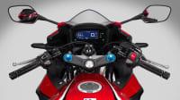 das Cockpit der Honda CBR 500 R