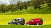 Der Mercedes Citan als Weltpremiere auf der Fahrt durch gelbe Rapsfelder