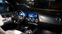 Cockpit des Mercedes EQA