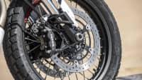 Moto Guzzi V85 TT Rad