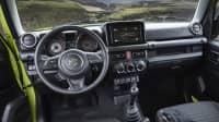 Cockpit des Suzuki Jimny