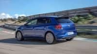 Test des VW Polo GTI fahrend von hinten