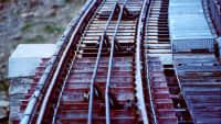 Treppe und Gleise der Niesenbahn