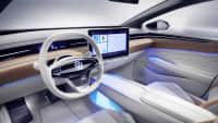 Cockpit im Innenraum eines  VW ID Space Vizzion, der Elektro-Passat
