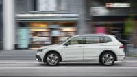 der VW Tiguan Allspace von der Seite