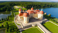 Luftaufnahme von Schloss Moritzburg