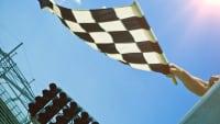 Fahne beim Motorsport an der Rennstrecke