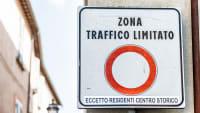 Schild Zona Traffico Limitato in Italien
