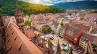 Blick auf den Markt in Freiburg