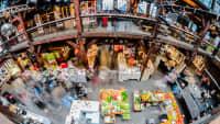 Blick auf die Verkaufshallen des Hamburger Fischmarkts