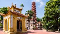 Die Tran Quoc Pagode in Hanoi Vietnam