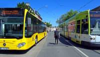 Öffentlicher Nahverker mit Bus und Tram in Essen