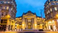 Eingang zum Museum Pinault Collection in Paris