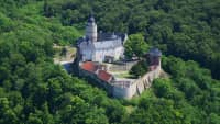 Luftaufnahme der Burg Falkenstein