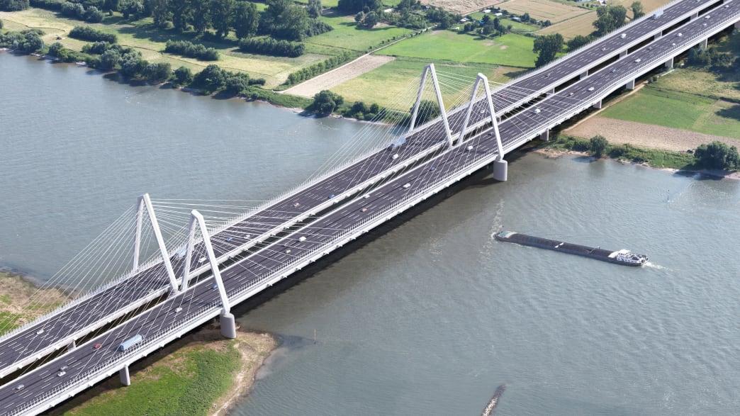 Fotomontage der neuen Leverkusener Brücke