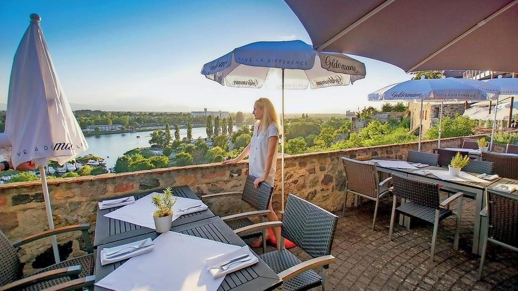 Hotel Stadt Breisach in Breisach am Rhein - Terrasse